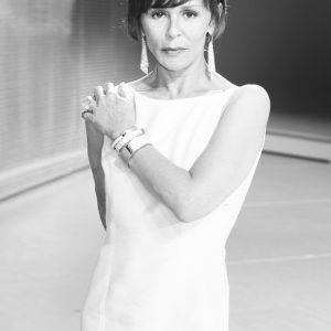 Christine Boisson - La cantatrice chauve - bijoux Svarovski