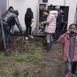 OOK Cité Saint Martin atelier semis, initiation à la prise de vue photographique